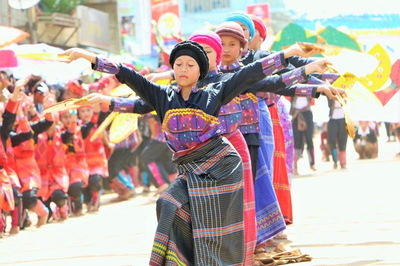 yakan dance3